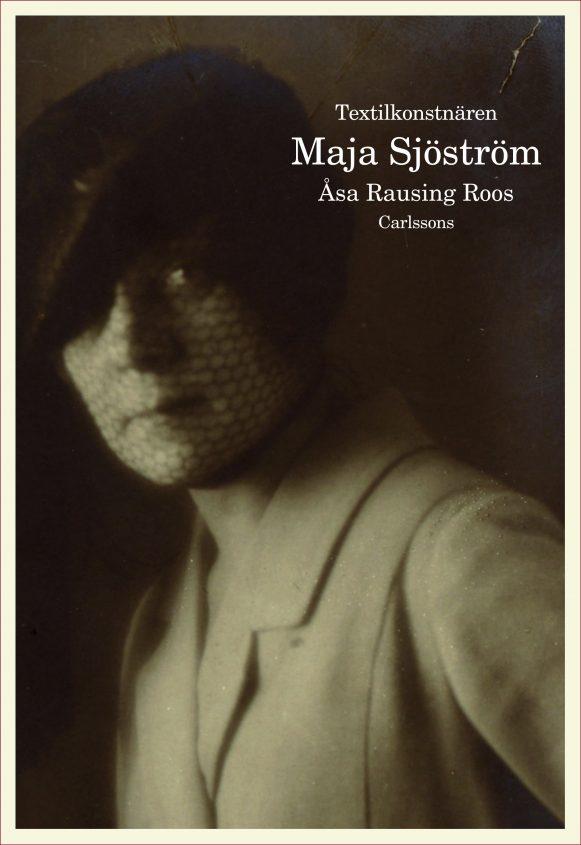 Textilkonstnären Maja Sjöström